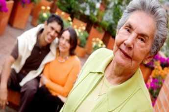 Инна считала себя счастливой женщиной до тех пор, пока в их доме не появилась мать мужа, которая бросила его в детстве